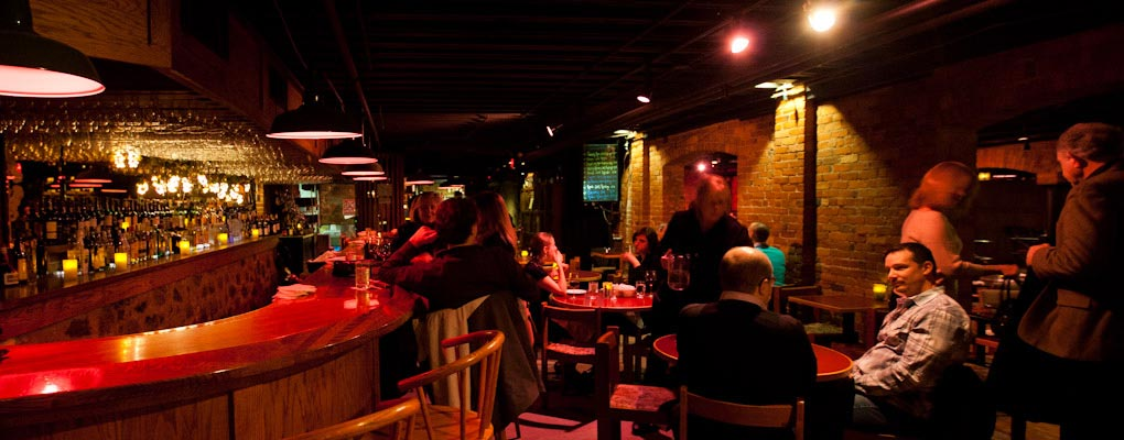 Award Winning Wine Selection Private Dining Extraordinary Flavors Live Jazz Bar Hy Hour